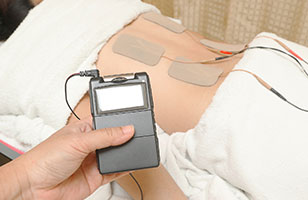 Treatment unit for chronic refractory pain through neurostimulation